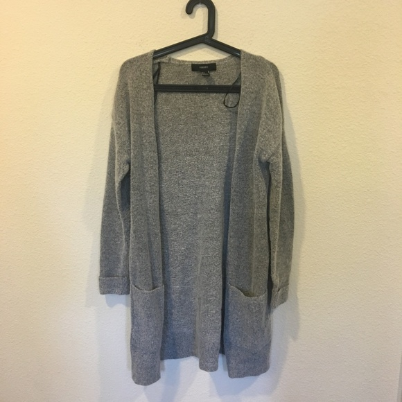 Forever 21 Sweaters - Forever 21 gray knit cardigan